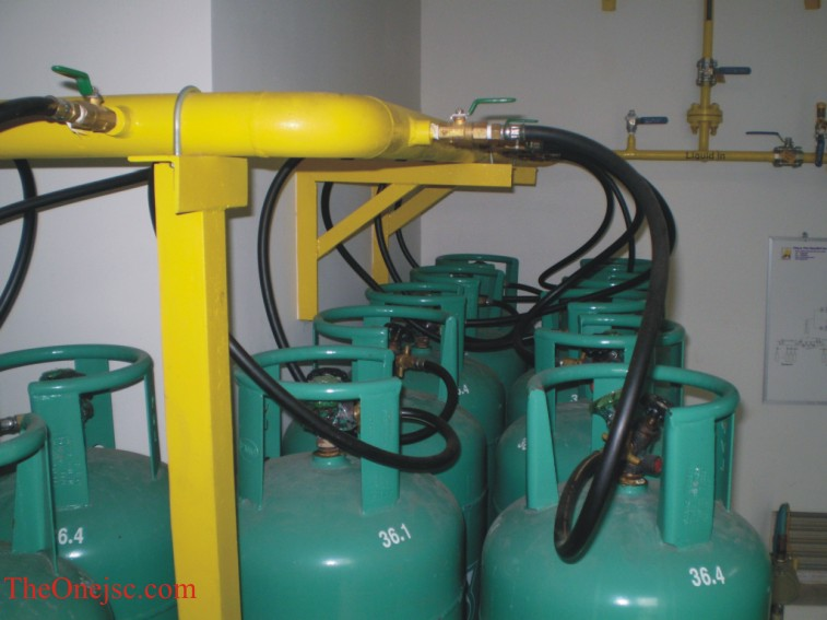 Lp t gas bp nh hng khch sn, bp cng nghip, bp n cng nghip